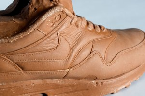 Chocolate-NIKE-air-max-1